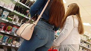 German teen amazing ass and cameltoe