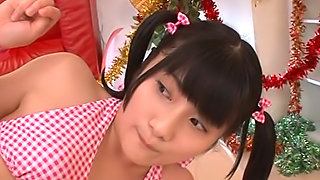 Japanese schoolgirl has sex on a hot date