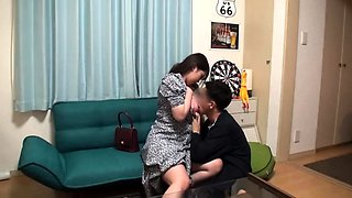 Stacked Japanese housewife takes a cock for an exciting ride