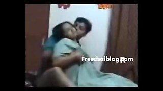 Indian Aunty Enjoy with husband