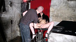 Blindfolded slut in high heels takes a fist in her wet peach