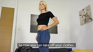 Russian babe takes huge facial in casting