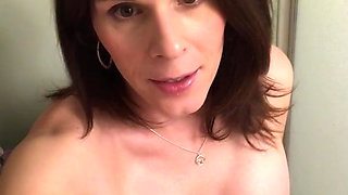 Pissing & New Tits