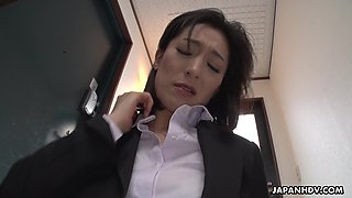 Strict Japanese MILF boss facesits her submissive employee