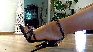 Milf in black sandals