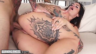 Wondrous tattooed lady with big booty takes sloppy cock into her vagina deep