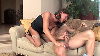 Sexy mature in stockings   heels takes a facial