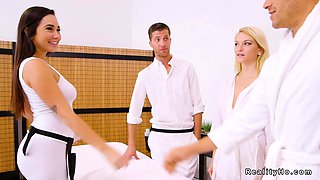 Couple gets erotic massage