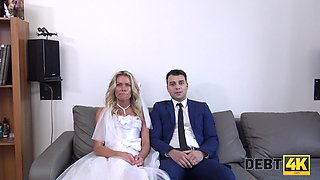 Dude lends his bride for an hour and his wife can take a nice pussy pounding