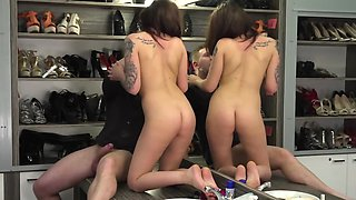 Photographer satisfies naked Euro model in changing room