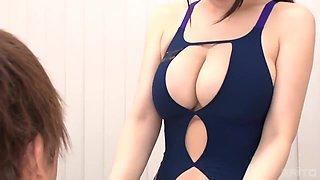 Fine Backside Okita In The Gym - Busty Asian Teen