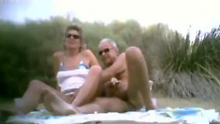Beach cuckwives 1