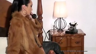 Mistress Liza room service full version