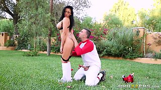 Big Tits In Sports: Audrey Gets the Batter Up. Audrey Bitoni, Keiran Lee