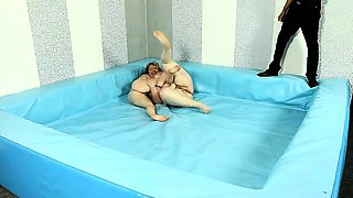 Exciting naked BBW wrestling match