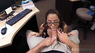 Hottie with glasses gets pussy banged by pawn keeper