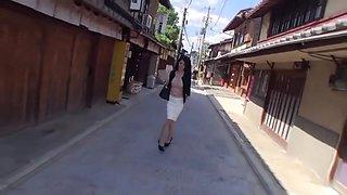 GIF Source: Wife put car shift into her KK-081 Akasaka Minami