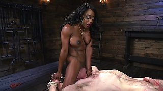 black amazon mistress kelli provocateur shows dominance by facesitting white slave