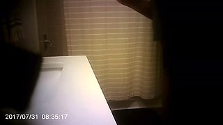 Sister Caught Pissing and Shower Spycam