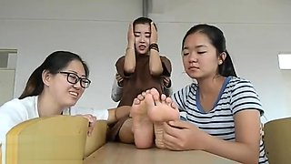 Chinese Girls Feet 1
