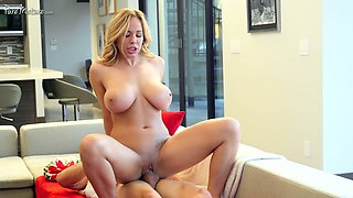 Getting meaty pussy fucked is the best Xmas gift for busty Olivia Austin