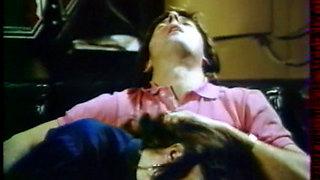 Initiation dune petite garce - 1984 classic french film