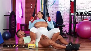 Czech Goddess Sofia Lee Has The Perfect Workout Jumping On Her Gym Instructors Hard Dick