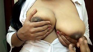 Big Boobs Indian Girl Sucking Nipple & Giving Handjob Till He Cum