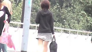 Japanese babe upskirt