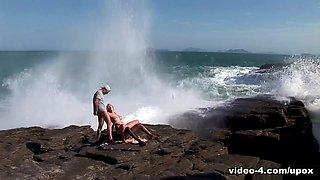 Tarra White in Busty Tarra White Enjoys Threesome On The Beach - Upox