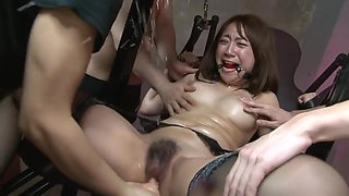 Hot Sex Slave Gilr Gets Her Clit Teased With A Dungeon