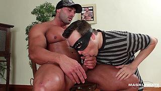 Maskurbate - Muscle Worshipper Sucks Bodybuilder's Cock