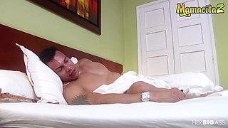MAMACITAZ - Latina Wife Yari Has Wake Up Sex With Muscle Husband