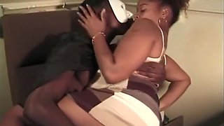Meka Johnson Has Her Loose Pussy Eaten And Filled